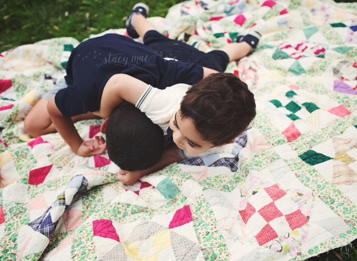 Capturing the Crazy - A Fun, Outdoor Family Session