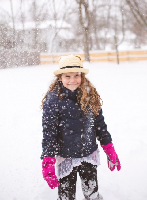 Snow day photos. Detail shots of snow. Playing in the snow. www.stacymaephotography.com NJ Child and Family Photographer